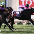 War Heroine hangs on to win the San Clemente (G2) at Del Mar (photo by Ernie Belmonte).