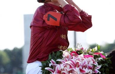 SHEDARESTHEDEVIL - The Longines Kentucky Oaks - 146th Running - 09-04-20 - R12 - CD - Florent Geroux 03